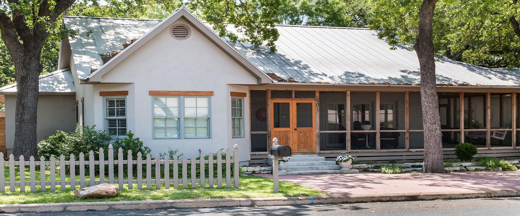 Absolute Charm Real Estate: Fredericksburg TX Real Estate